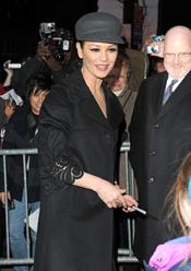 Catherine Zeta-Jones, muy delgada
