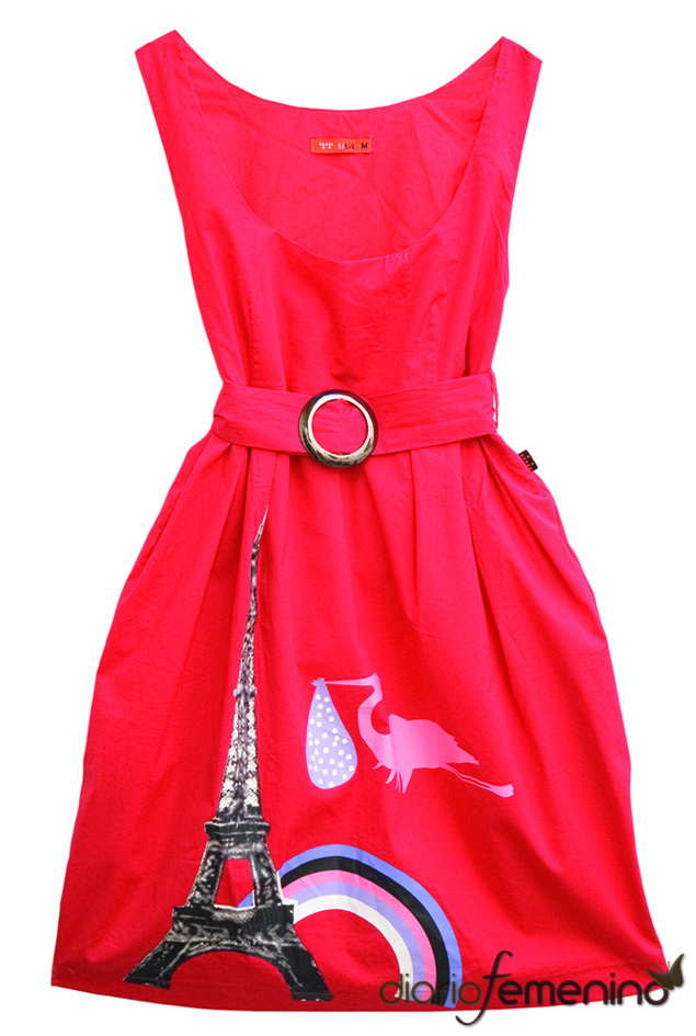 Vestido rojo inspirado en 'Alicia en el País de las Maravillas'