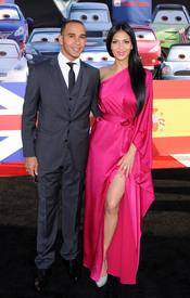 Lewis Hamilton y Nicole Scherzinger en la premiere de 'Cars 2' en Los Ángeles