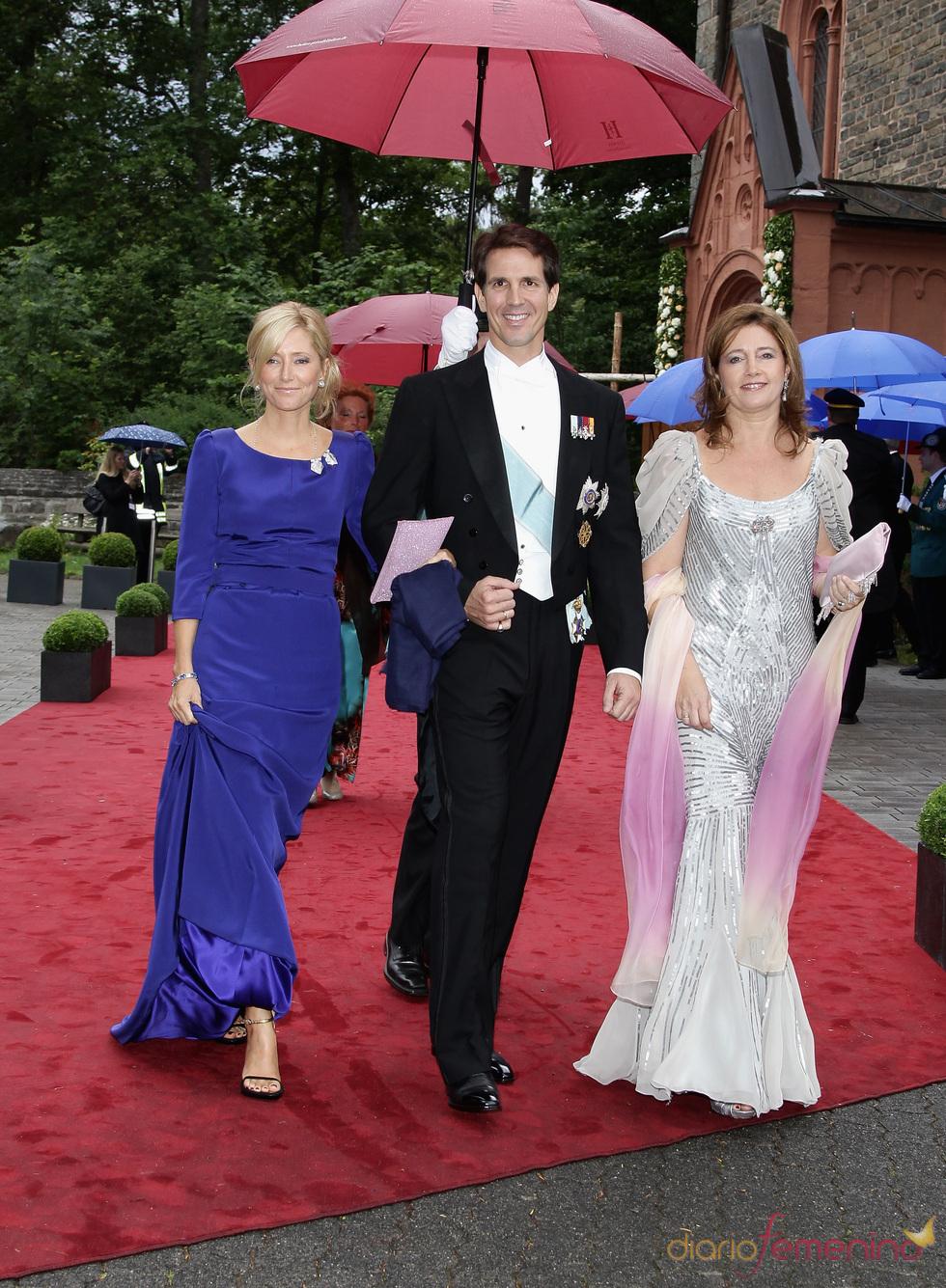 Los Príncipes Pablo, Marie Chantal y Alexia de Grecia en la boda de Natalia de Dinamarca y Alexander Johannsmann