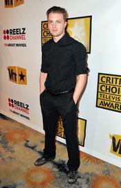 Michael Pitt en los Critics' Choice Television Awards de 2011