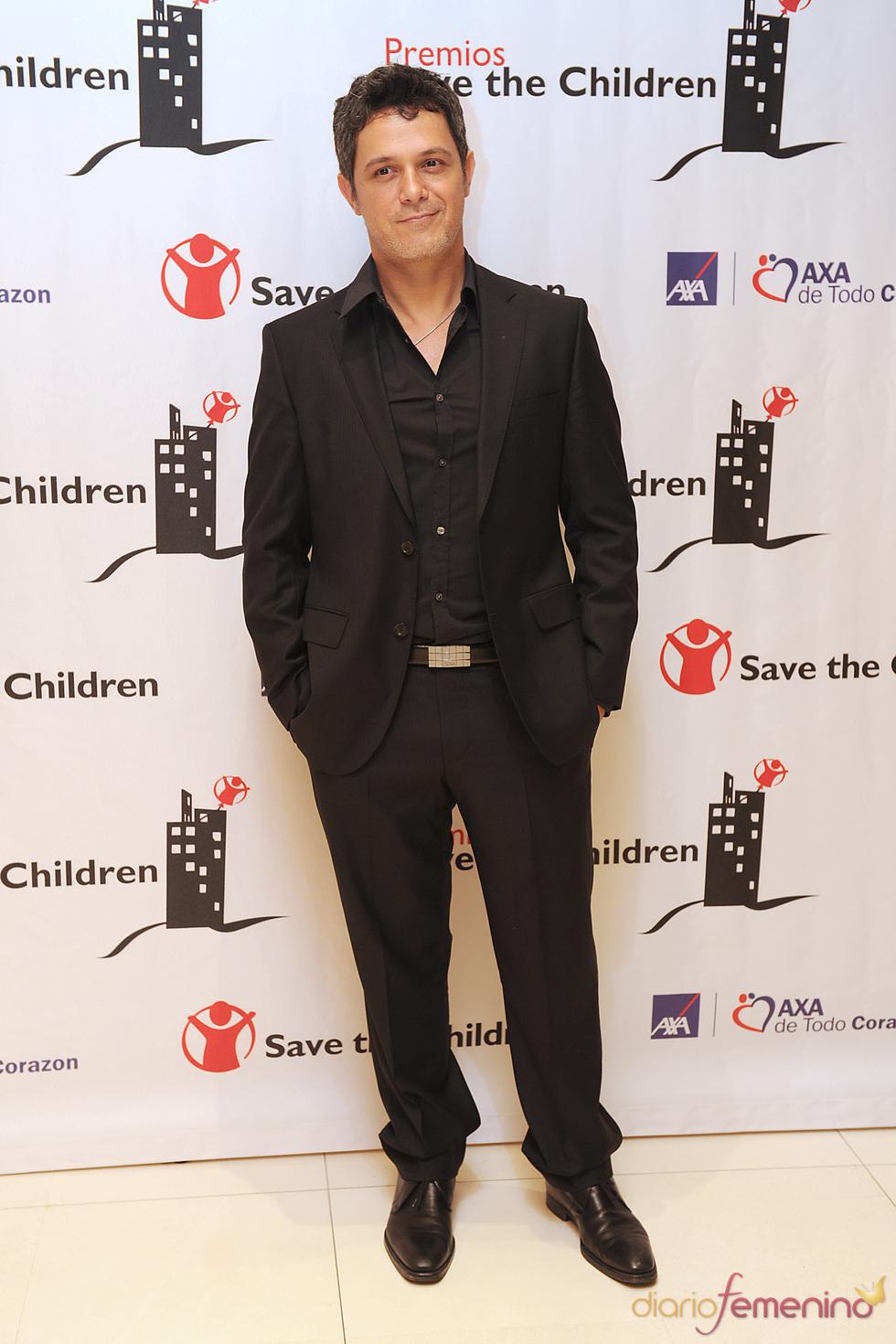Alejandro Sanz en los premios Save the children 2011