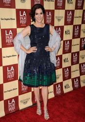 Jami Gertz en la proyección del 'A better life' en Los Ángeles