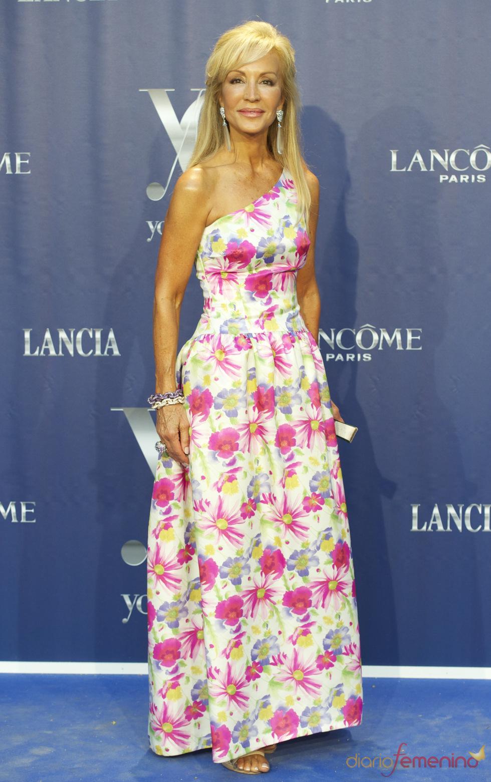 Carmen Lomana en los Premios Internacionales Yo Dona 2011