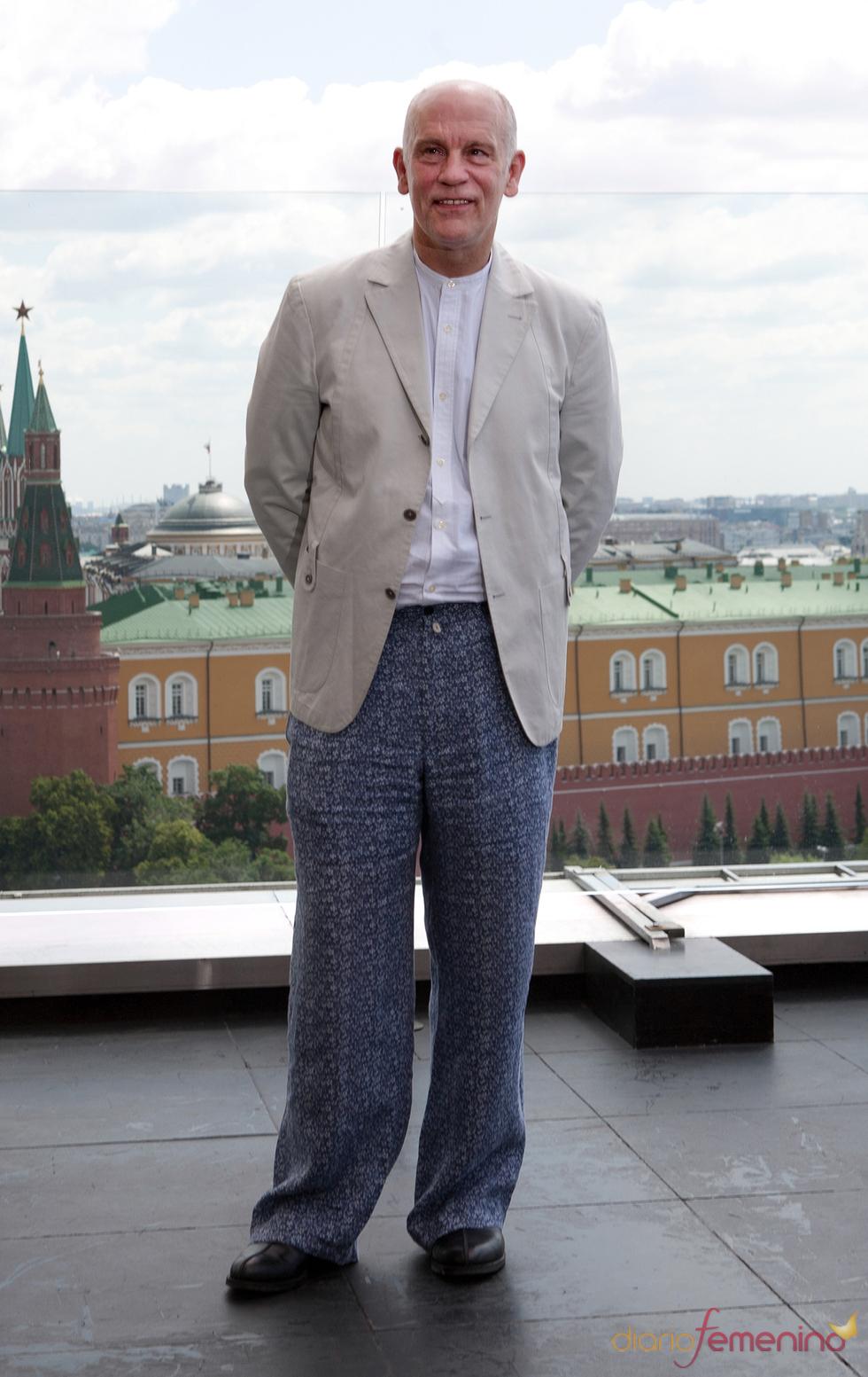 John Malkovich en el photocall de la premier de 'Transformers 3' en Moscú