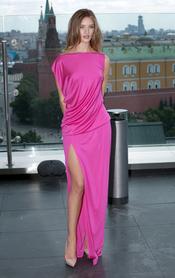 Rosie Huntington-Whiteley en el photocall de la premier de 'Transformers 3' en Moscú