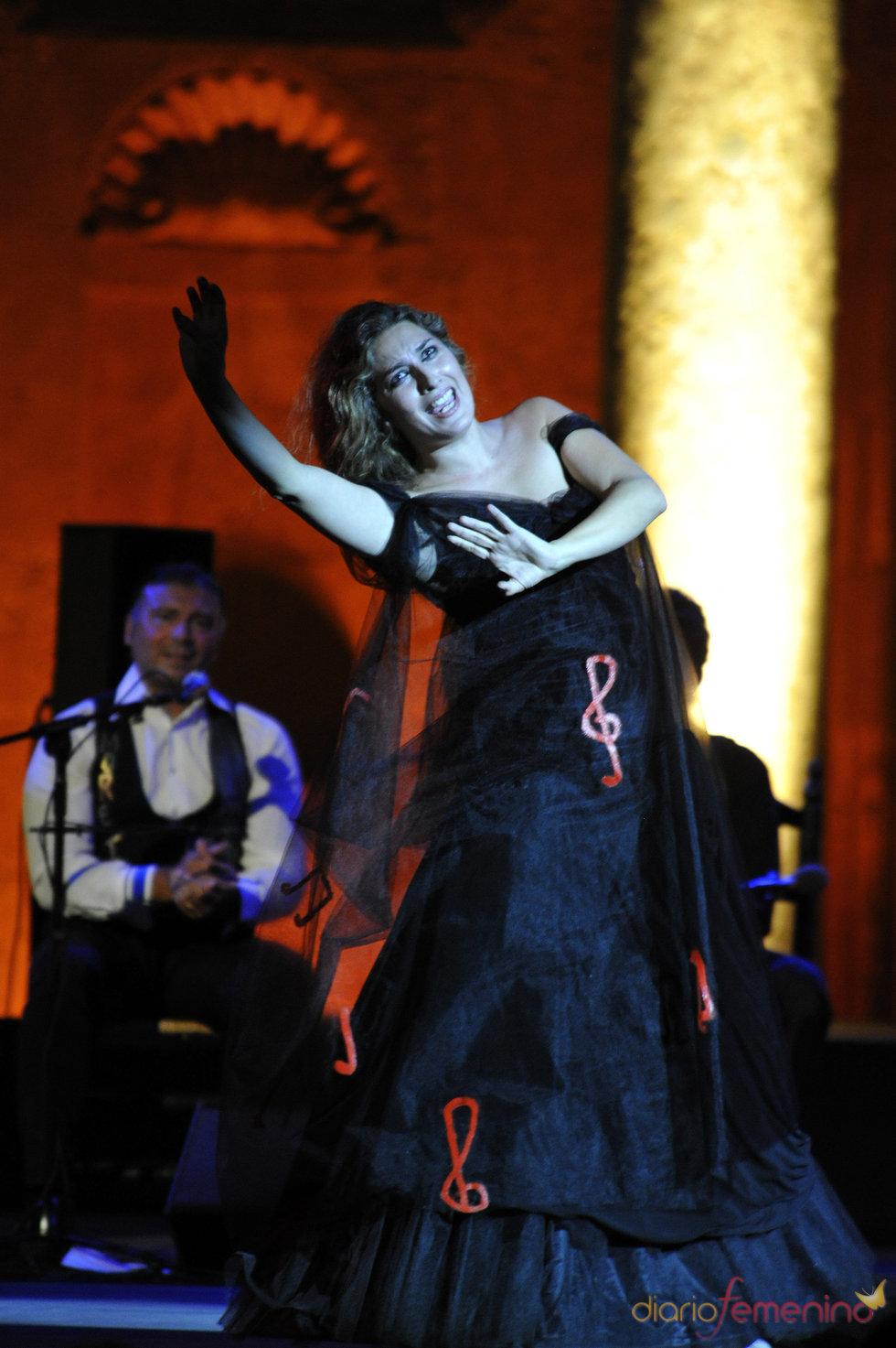 Estrella Morente durante su actuación en Granada