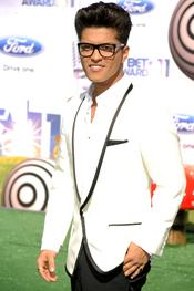 Bruno Mars a su llegada a los premios BET Awards 2011