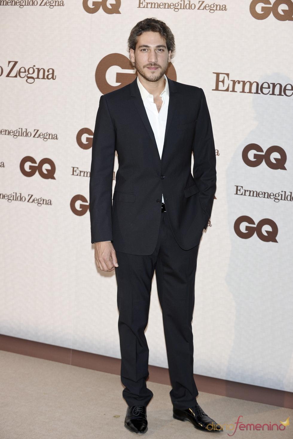 Alberto Ammann asiste a los Premios GQ de los Hombres más Elegantes 2011