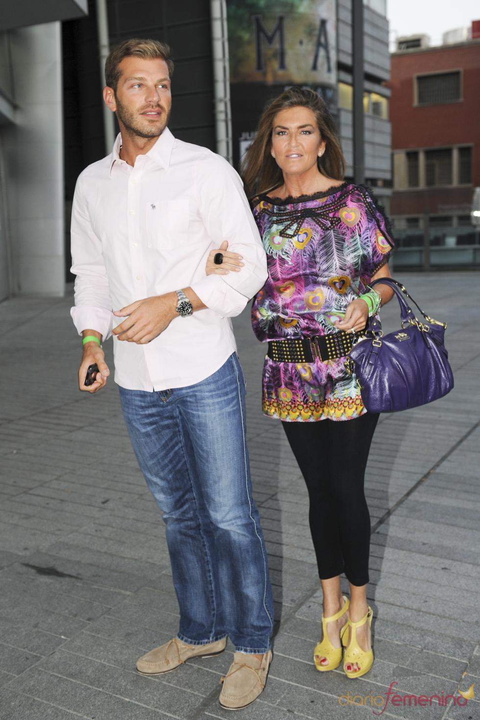 Susana Uribarri y Darek en el concierto de Ricky Martin en Madrid