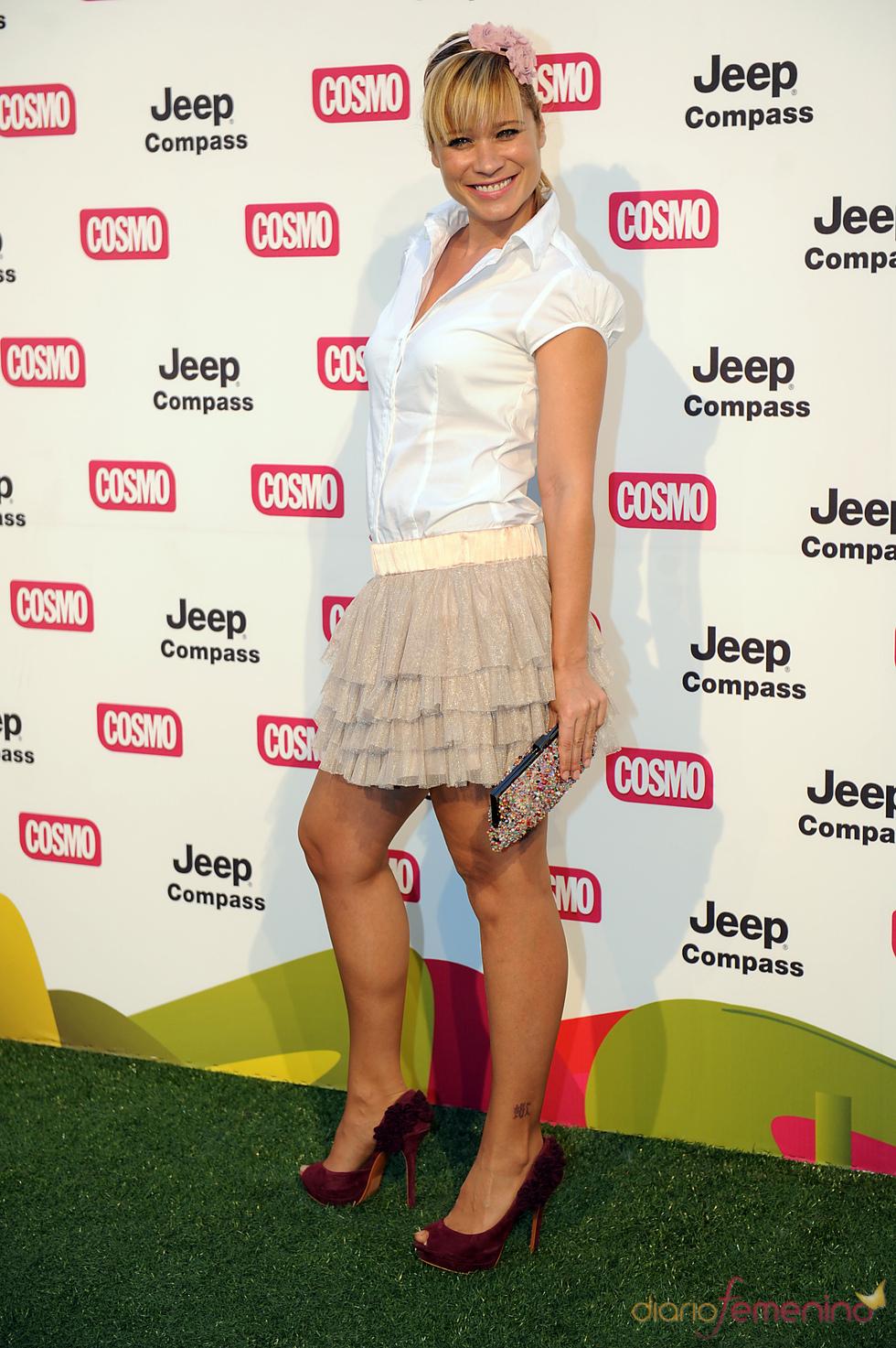 Carla Hidalgo en los Premios Pétalo de Cosmopólitan 2011