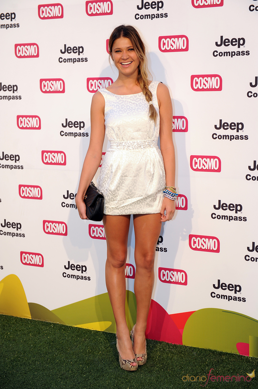 Carla Pereira en los Premios Pétalo de Cosmopólitan 2011
