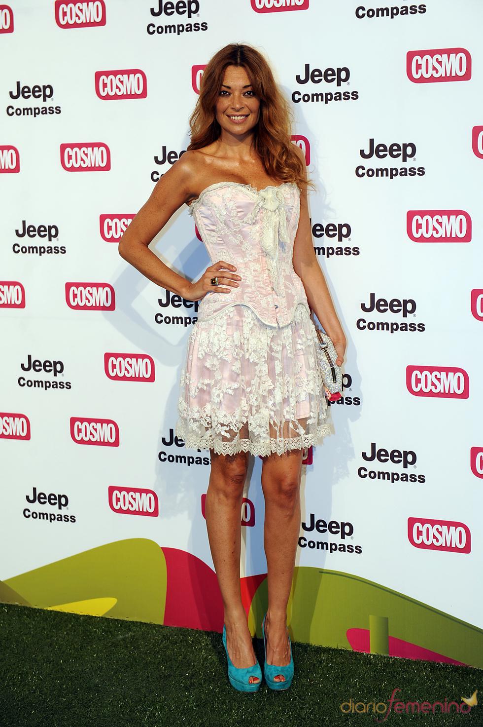 Lucía Hoyos en los Premios Pétalo de Cosmopólitan 2011