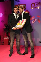 Félix Gómez recoge su Premio Pétalo de Cosmopolitan 2011