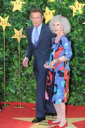 La Duquesa de Alba y Alfonso Díez en la Fiesta 25 Aniversario de 'Elle'