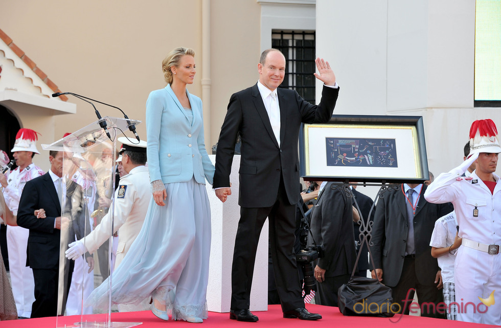 Charlene Wittstock y Alberto de Mónaco salen de la ceremonia civil de su Boda Real