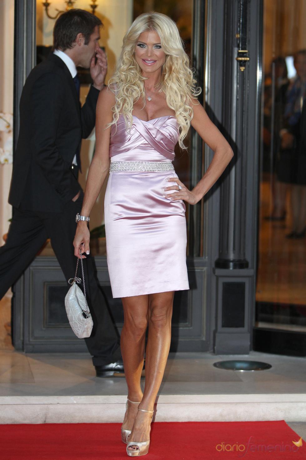Victoria Silvstedt acude al concierto de Jean Michel Jarre tras la Boda Real civil de Mónaco