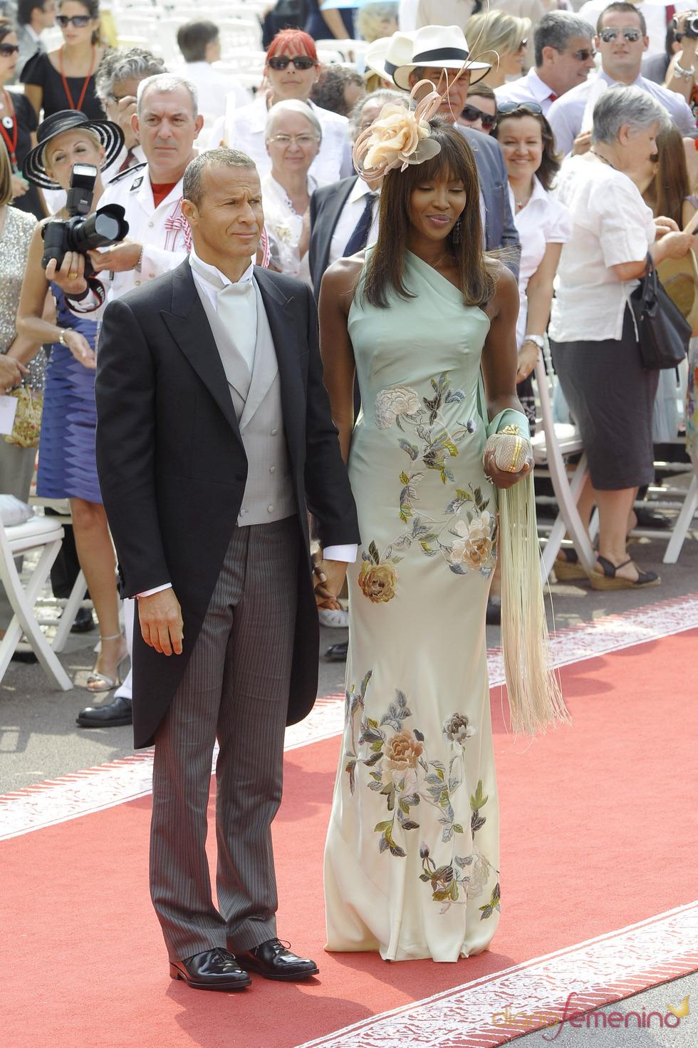 Naomi Campbell llega a la ceremonia religiosa de la Boda Real de Mónaco