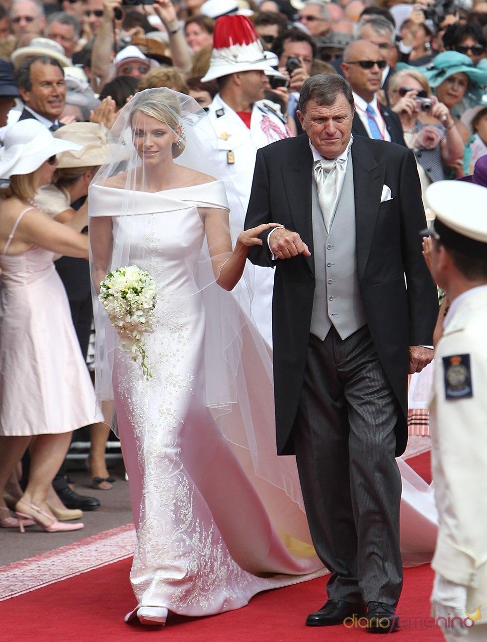 El vestido de novia de Armani de Charlene Wittstock el día de la Boda Real de Mónaco