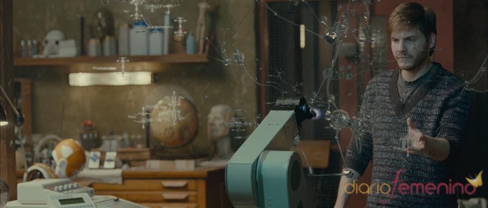 Daniel Brühl en un fotograma de la película 'Eva'