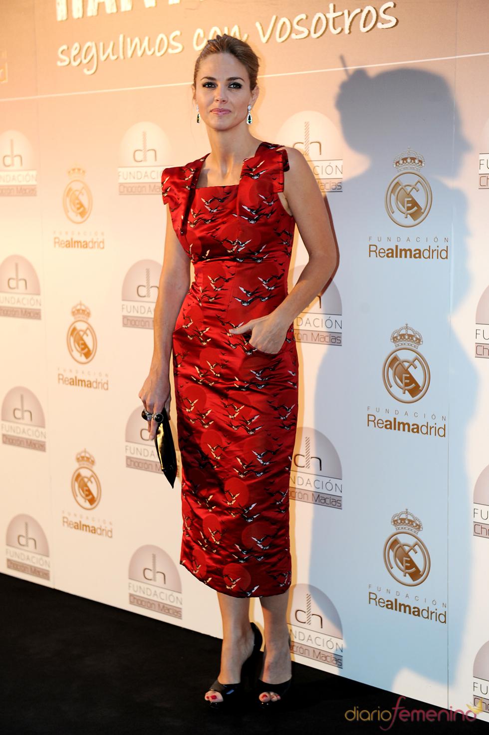 Genoveva Casanova en una cena benéfica celebrada en el Bernabéu