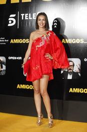 La modelo María José Besora en el estreno de la película 'Amigos'