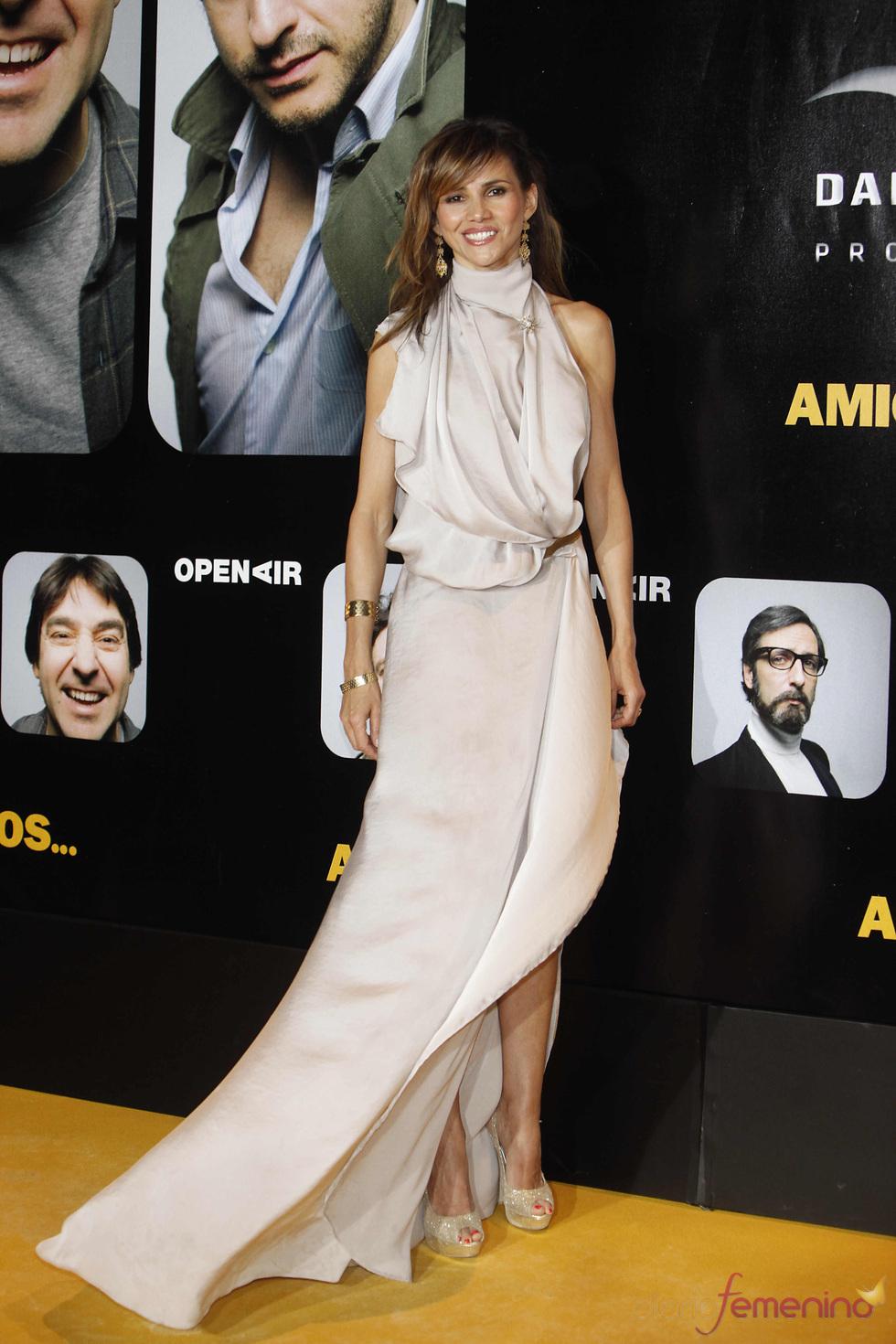 Goya Toledo en el estreno de la película 'Amigos'