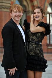 Emma Watson y Rupert Grint se despeinan en la presentación de 'Harry Potter'