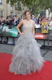 Emma Watson llega a la premier mundial de 'Harry Potter'