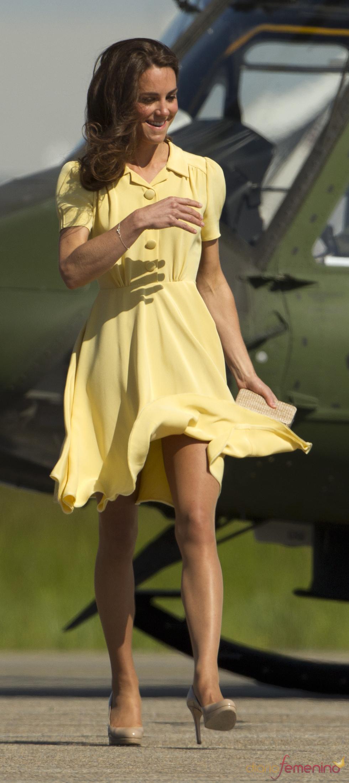 Kate Middleton se despide de Canadá vestida de amarillo