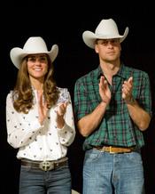 Kate Middleton y Guillermo de Inglaterra se visten de cowboys en Canadá