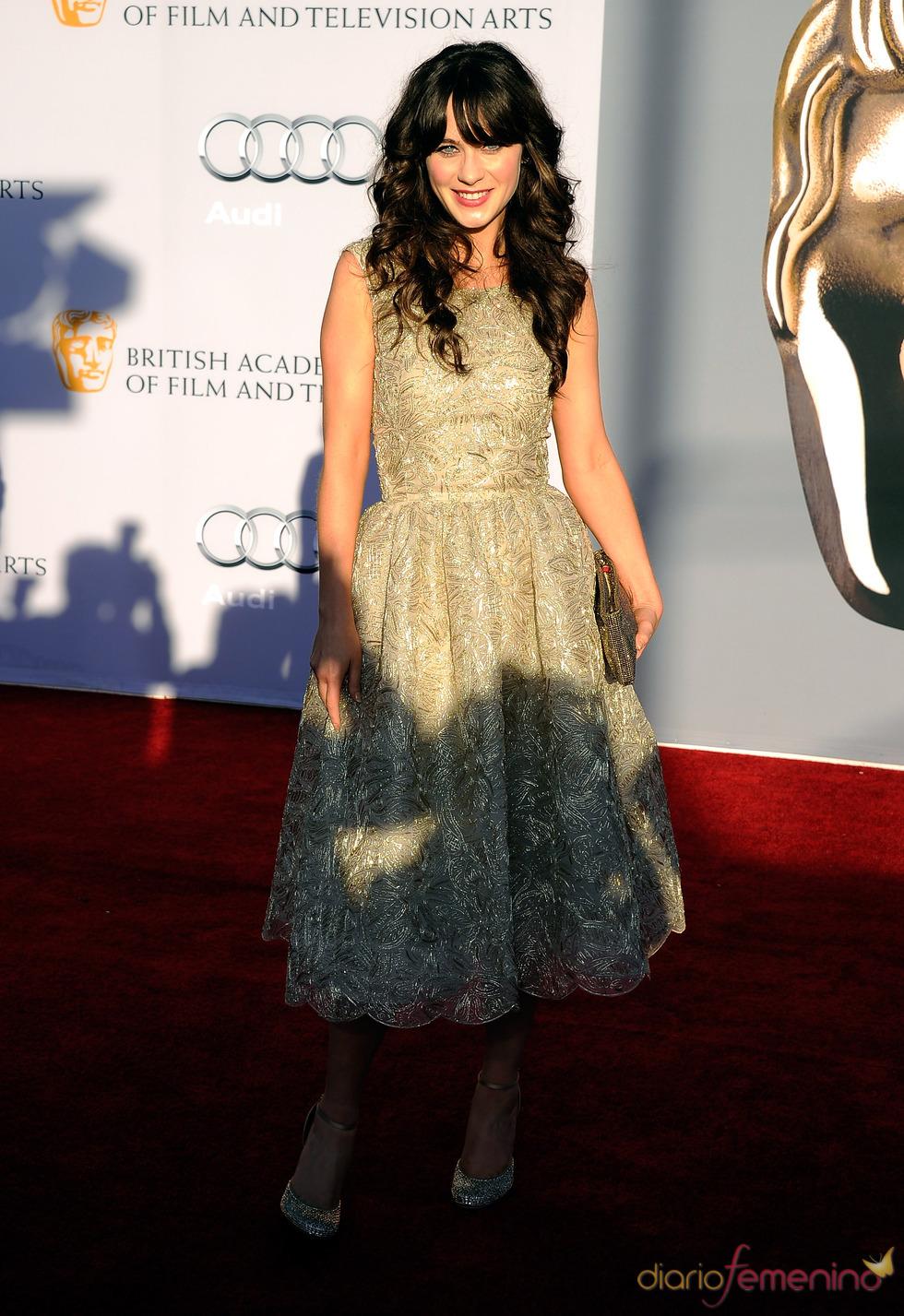 Zooey Deschanel acude junto a los Duques de Cambridge a la gala 'BAFTA Brits to Watch'