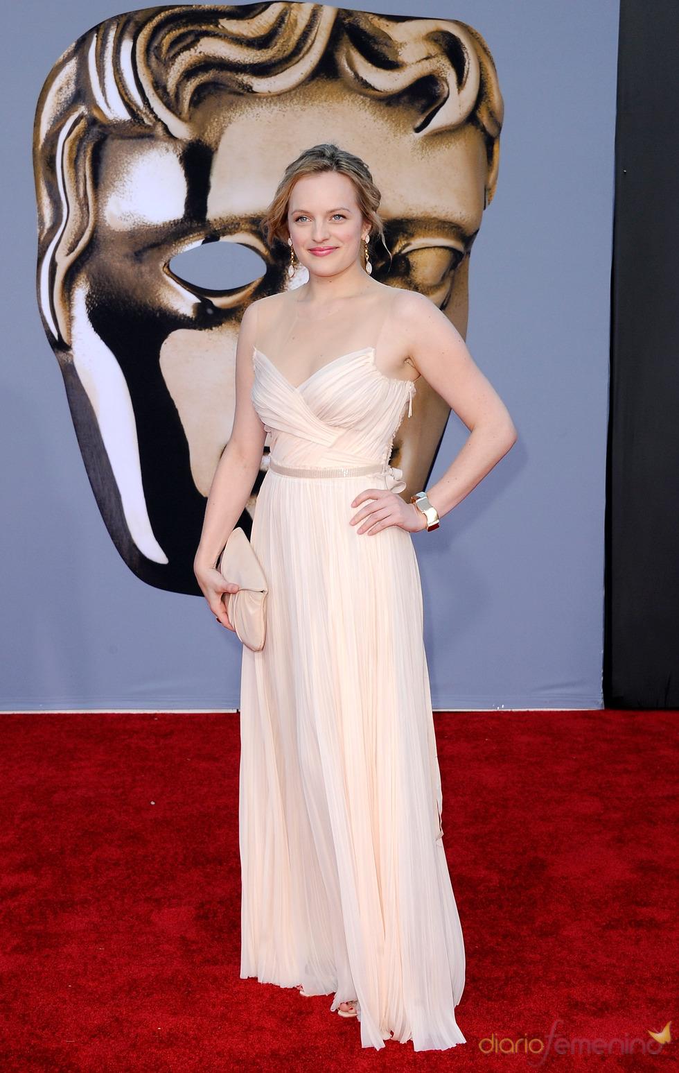 Elisabeth Moss acude junto a los Duques de Cambridge a la gala 'BAFTA Brits to Watch'