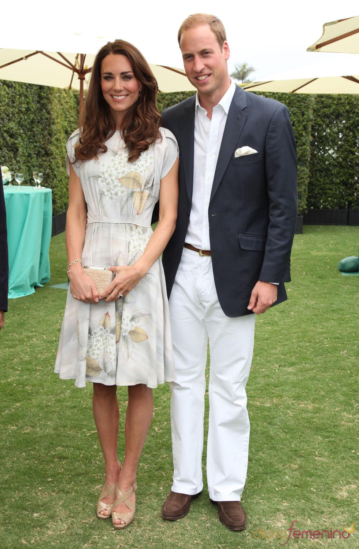 Guillermo de Inglaterra y Kate Middleton presiden un partido de polo en Los Ángeles