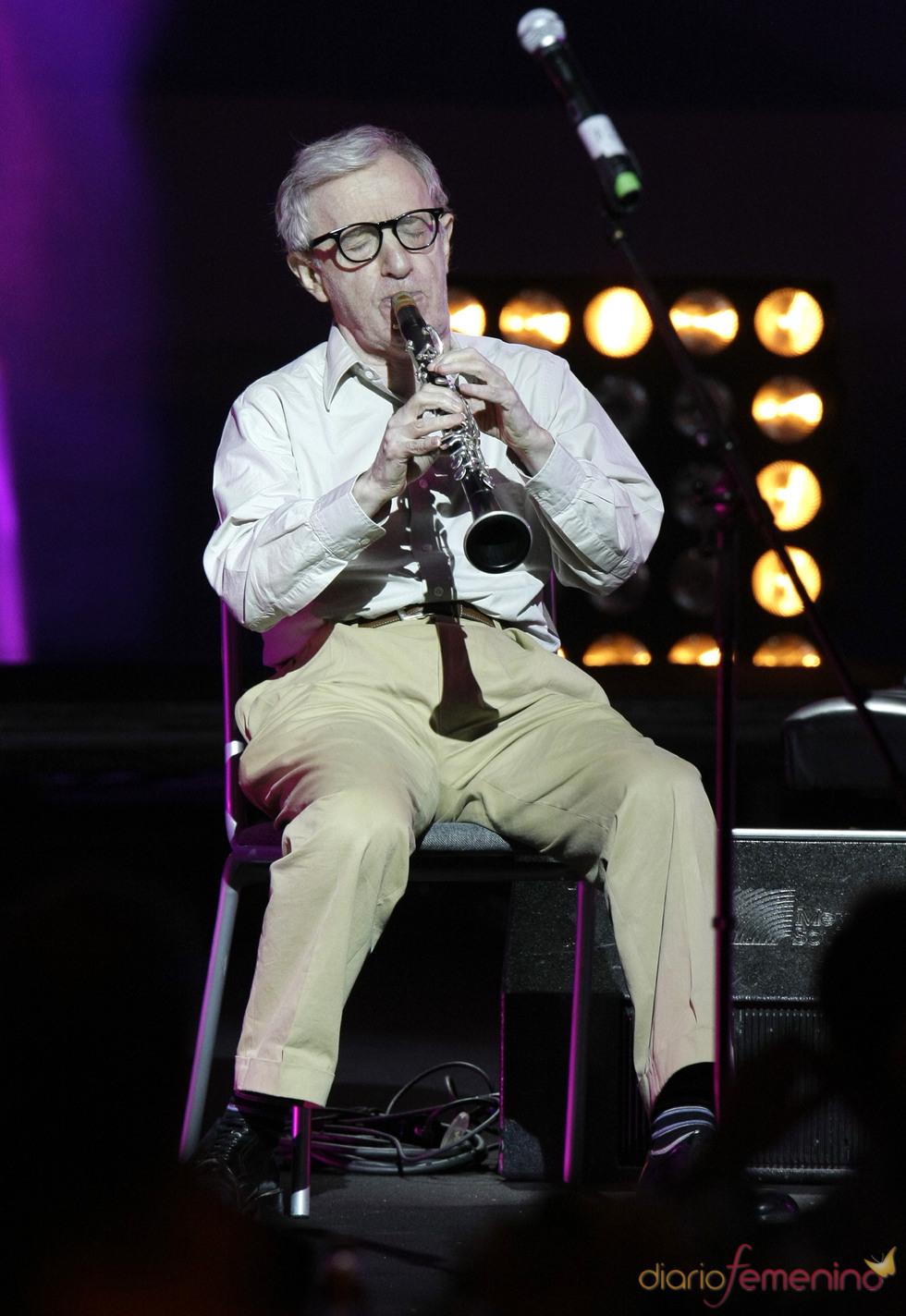 Woody Allen participa en una gala benéfica en Rusia