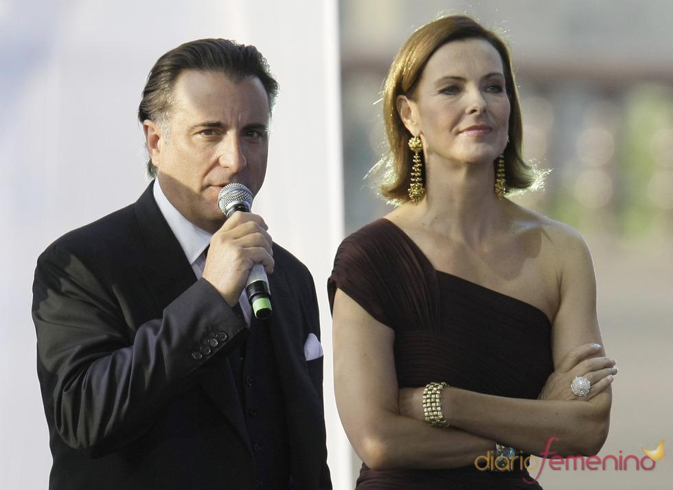 Andy Garcia y Carole Bouquet participan en una gala benéfica en Rusia