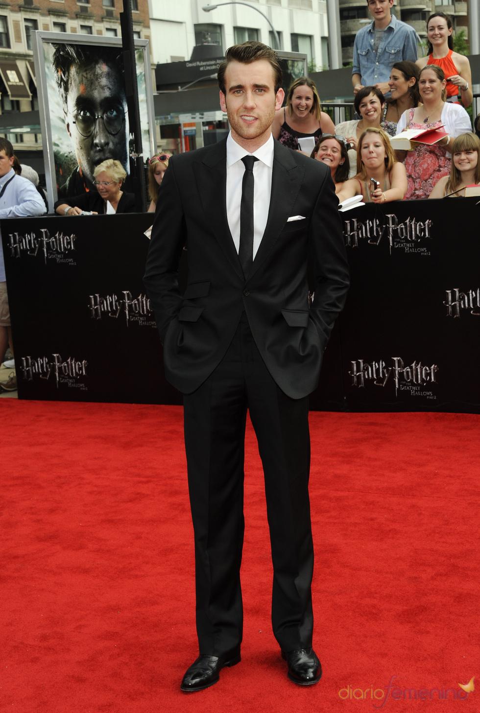 Matthew Lewis en el estreno de 'Harry Potter y las reliquias de la muerte. Parte 2' en Nueva York