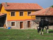 Casa rural Jesusa situada en Logrenaza, Asturias