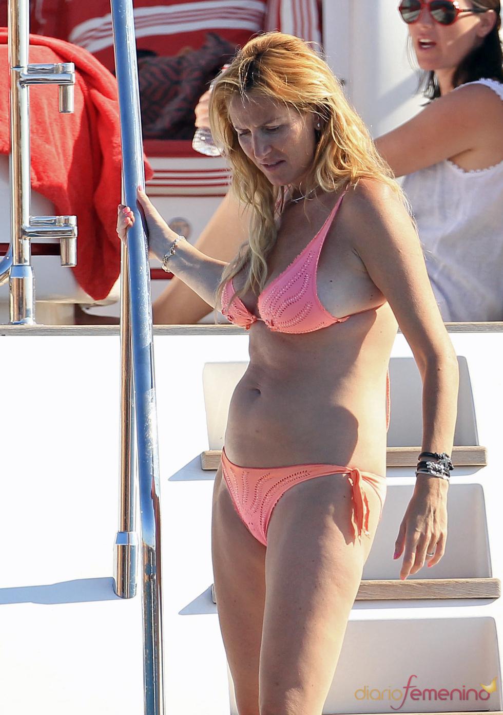 Alejandra Prat de vacaciones en Ibiza durante su sexto mes de embarazo