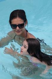 Katie Holmes con su hija Surie Cruise de vacaciones en Miami