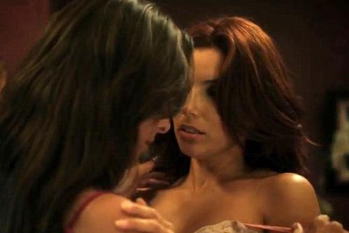 Kate del Castillo desnuda a Eva Longoria en la película 'Without Men'