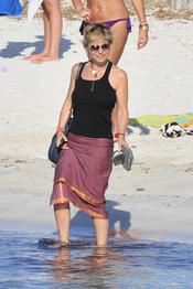 Eugenia Martínez de Irujo disfruta de sus vacaciones en Ibiza