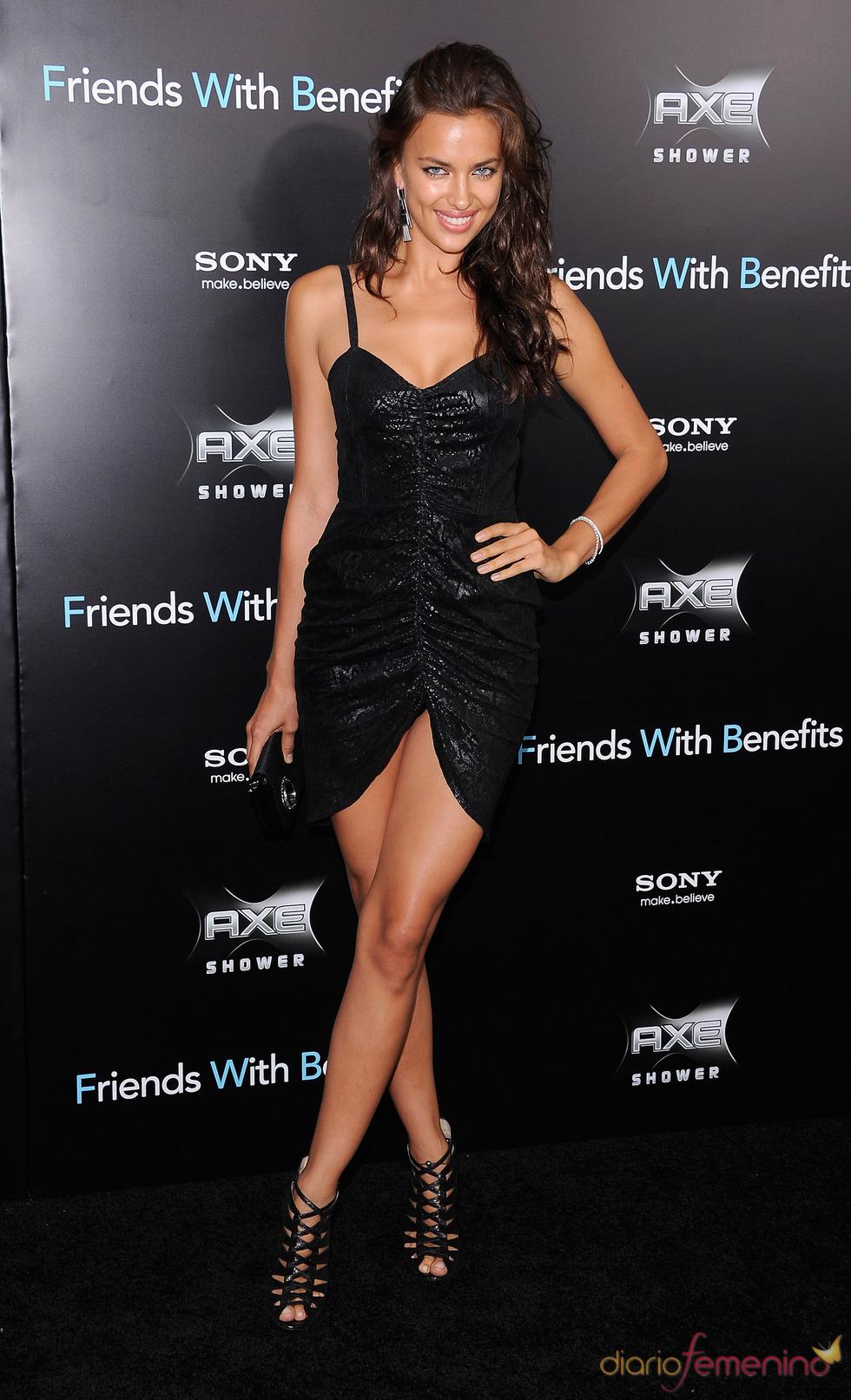 Irina Shayk en el estreno de 'Amigos con beneficios' en Nueva York