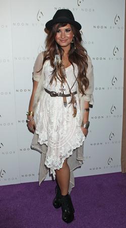Demi Lovato en la fiesta de 'Noon by Noor'