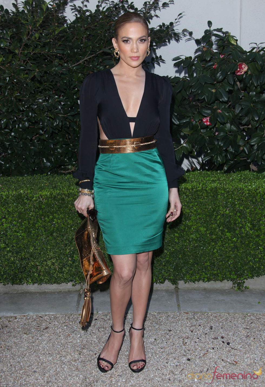 Jennifer López con un modelo Gucci en una gala de Unicef