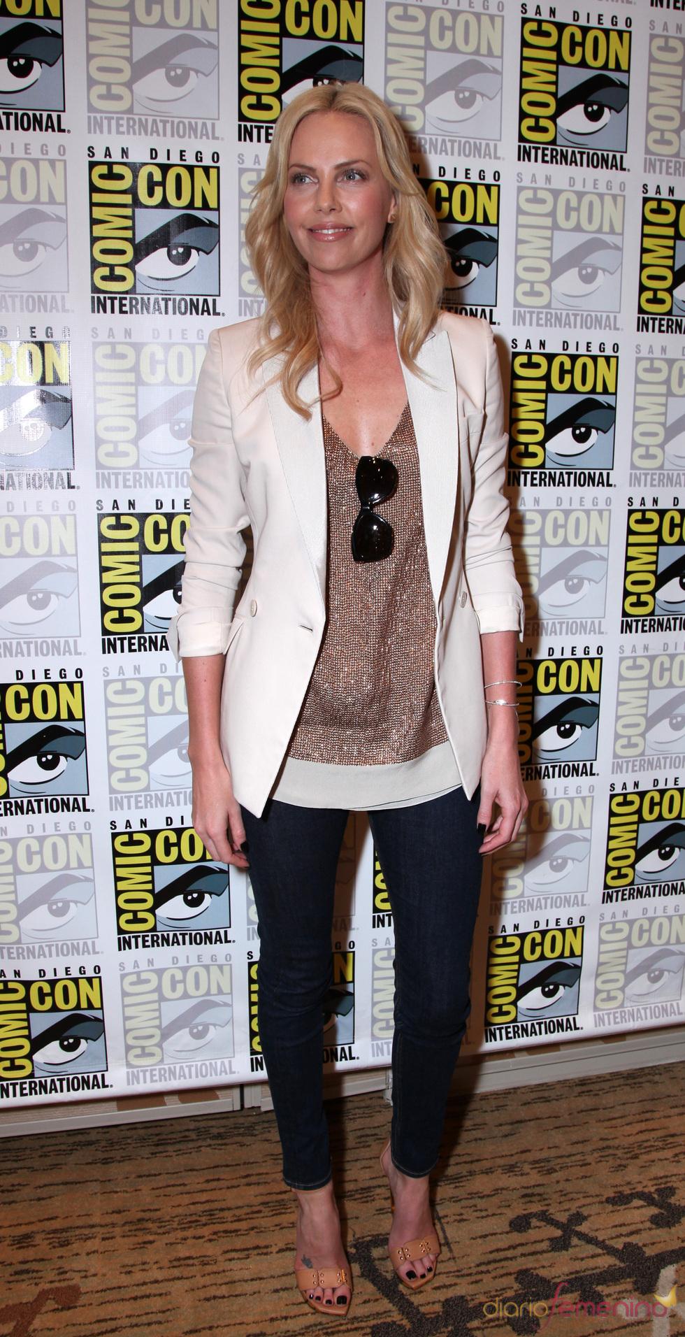 Charlize Theron en el Comic Con 2011