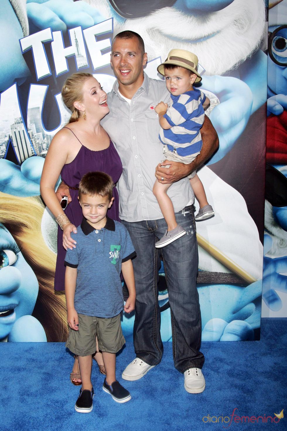 Melissa Joan Hart en la alfombra azul de la premiere de 'Los Pitufos' en Nueva York