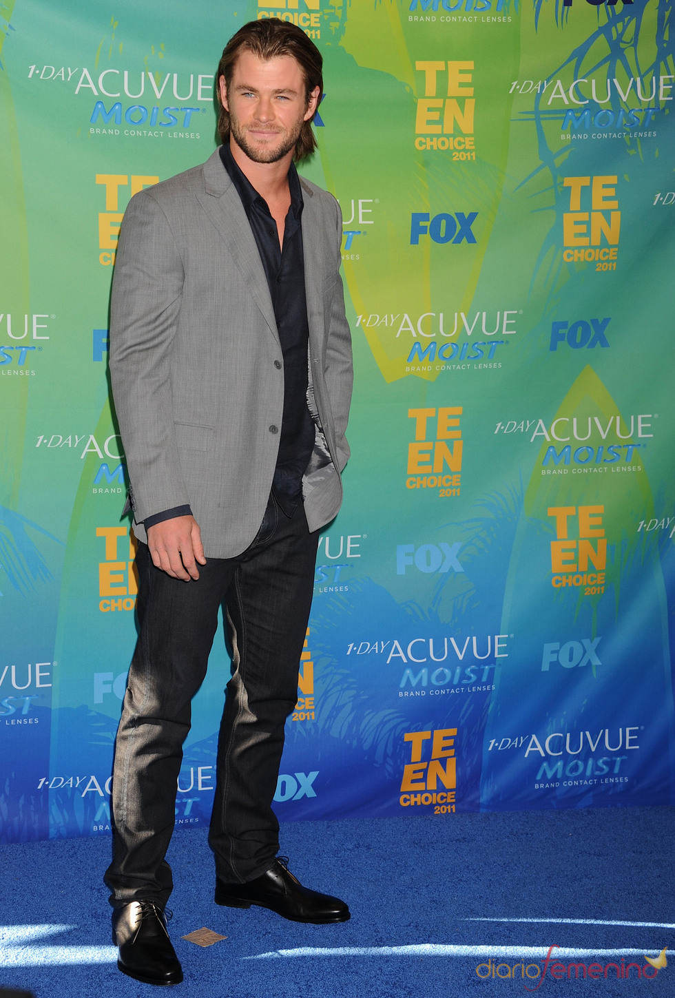 Chris Hemsworth en la alfombra azul de los Teen Choice Awards 2011