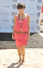 Vanessa Hudgens cambia al look de pelo corto
