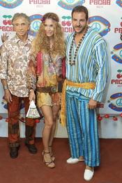 Borja Thyssen y Blanca Cuesta en la fiesta Flower Power en Ibiza 2011